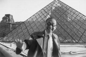 贝律明 Leoh-Ming Pei,l'architecte de la pyramide du Louvre, d'origine chinoise, est décédé à l'âge de 102